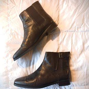 Ralph Lauren 9.5M chocolate brown leather low boot